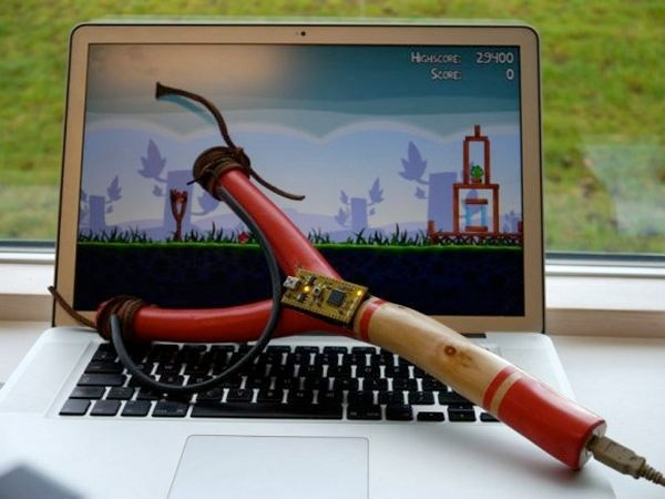 angry_birds_slingshot_controller