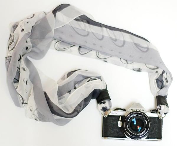 camera scarf strap diy