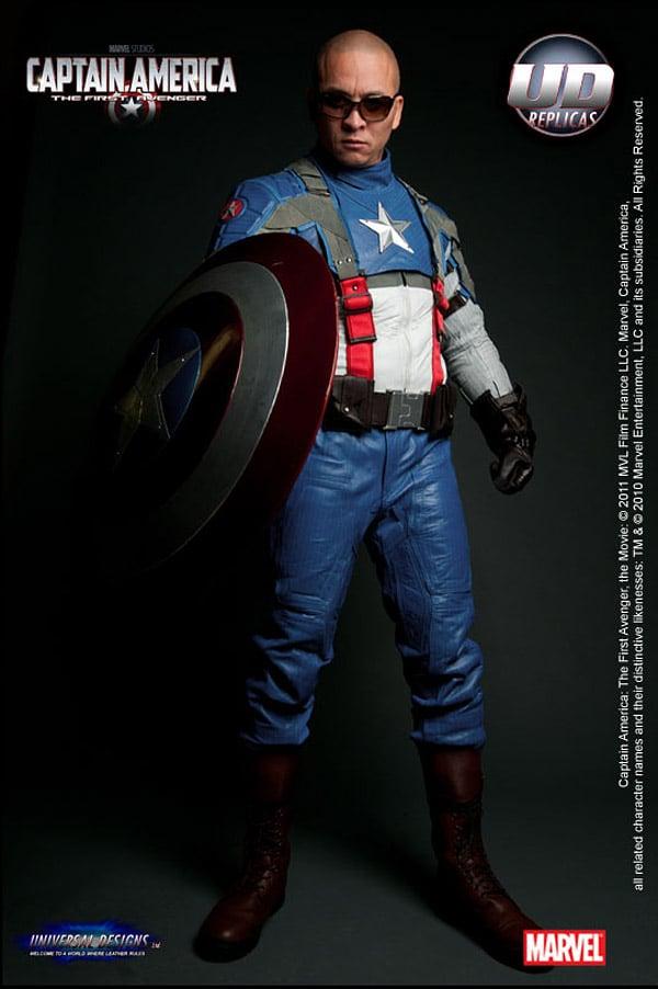 captain_america_motorcycle_suit_1