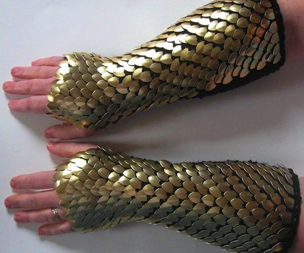 dragonhide gauntlets by crystals idyll 3