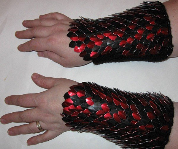 dragonhide gauntlets by crystals idyll 5