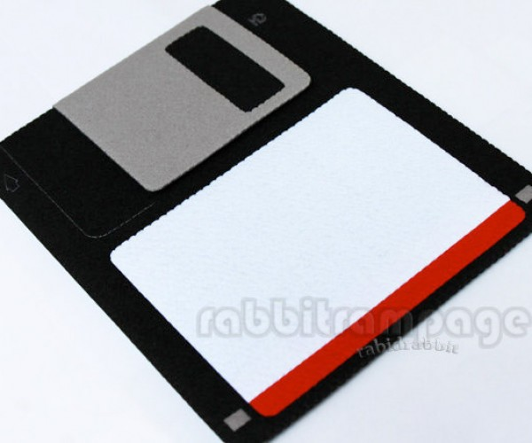 Floppy Disk iPad Case Has Massive Capacity