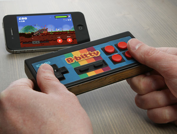 icade 8-bitty gamepad from thinkgeek