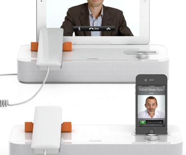 Invoxia AudiOffice: The Ultimate iOS Speakerphone?