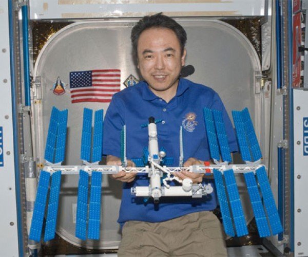 Astronaut Builds LEGO ISS While Aboard the ISS