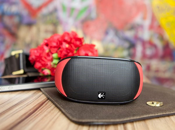 logitech red mini boombox 1