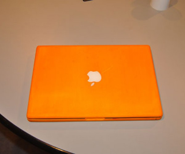 MacBook Dye Project: DIY ColorWare
