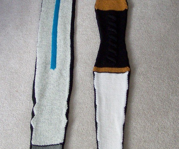 11th Doctor's Sonic Screwdriver Scarf Fixes Nothing but Cold Necks
