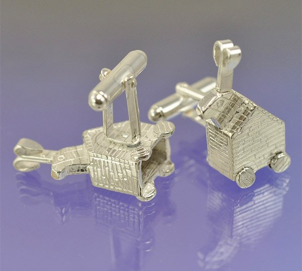 trojan_rabbit_cufflinks_2