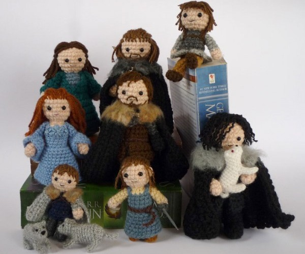 Game of Thrones Gets Crocheted: Winter is Crafting