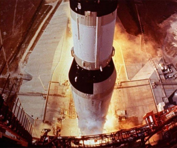 Amazon's Jeff Bezos Plans to Lift Apollo 11 Engines from Bottom of the Ocean