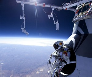 Daredevil Makes Successful Practice Jump from 71,000+ Feet