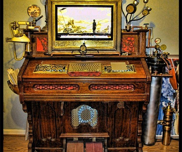 eyeMac Difference Engine of Wickedness: Steampunk Computing at Its Finest