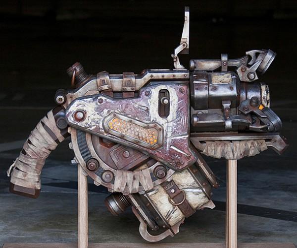 gears of war 3 digger launcher replica 2