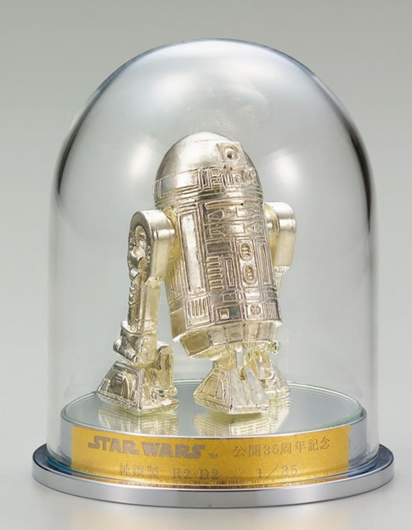 gold c-3po silver r2-d2 figurines 4