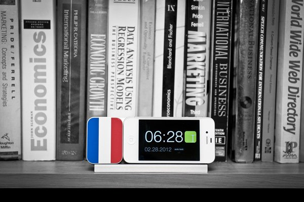 ideal-timepiece-kickstarter-dock-iphone-france