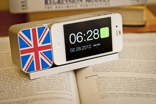 ideal timepiece kickstarter dock iphone uk