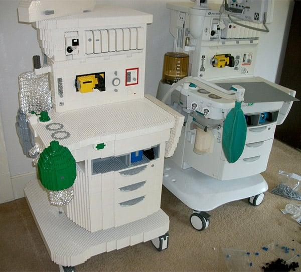 lego_anesthesia_machine_2