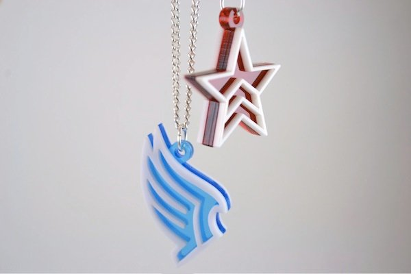 mass_effect_necklaces_1