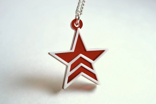 mass effect necklaces 2