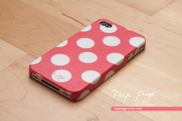 nappage red polkadots iphone