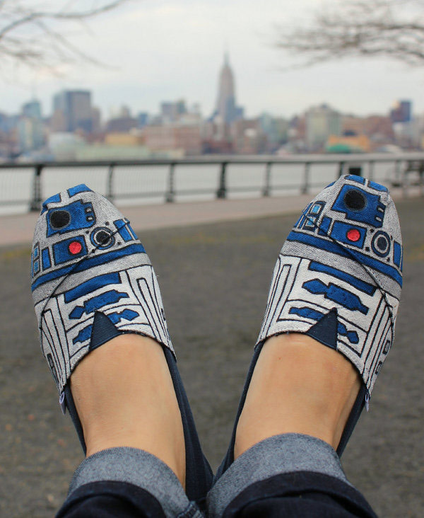 r2dshoe-park r2-d2 droid star wars