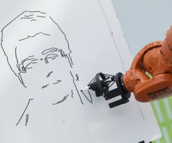 Robot Artist Draws Caricatures in Three Minutes
