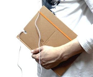 Smartphone Notebook 2 for iPhone 4/4S: Unexpectedly Useful?