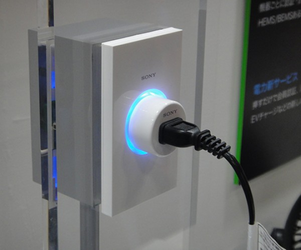 Sony Power Outlet Recognizes Devices and Users to Regulate Power: Convenient or Creepy?