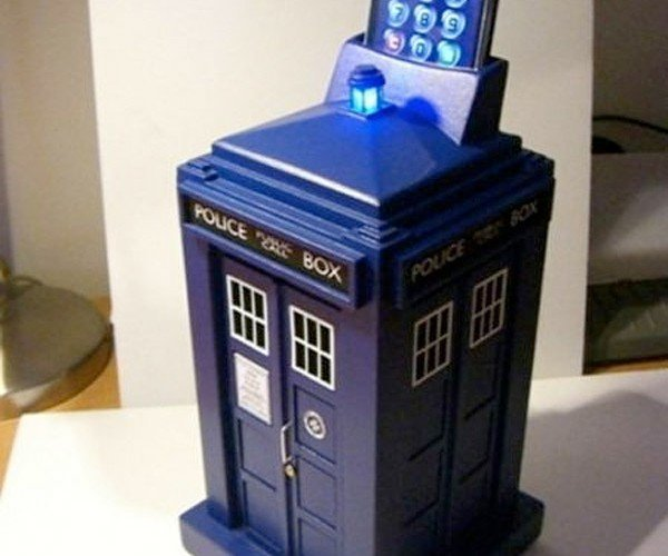TARDIS Smart Safe Up for U.S. Pre-Order Now