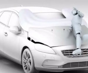 2013 Volvo V40 Adds Exterior Airbags to Protect Pedestrians