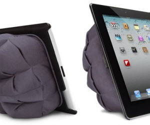 X-Doria CampFire iPad 2 Stand: Put Your iPad in a Sleeping Bag