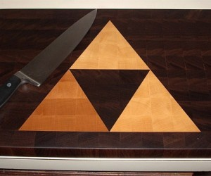 Zelda Triforce Cutting Board, It's Dangerous to Cut Alone