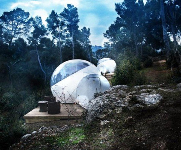 Hotels Let You Sleep In Your Own Bubble in the Woods