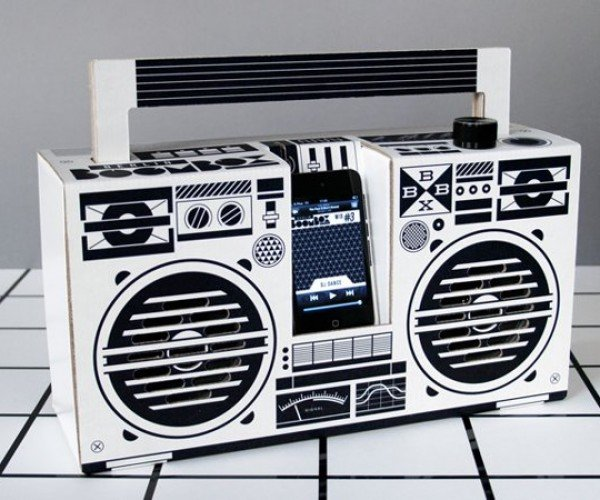 Berlin Boombox Adds a Green Twist to the Classic Player