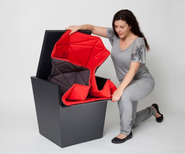 D-Vision's Soft Comfort: Chair in a Box