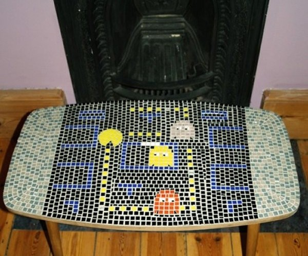 Pac-Man Mosaic Table Gobbles Tiles, Not Power Pills