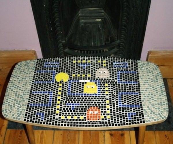 Pac-Man Mosaic Table Gobbles Tiles, Not Power Pills