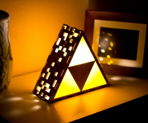 Legend of Zelda Triforce Lamp: A Link to My Wallet