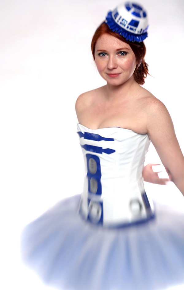 artoo tutu leeloo r2 d2 droid star wars ballerina side