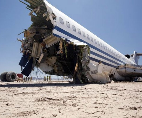 Discovery Channel Crashes 727 for TV Show