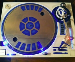 R2-D2 Turntable Perfect for R2-DJ2 or C-3PDisco