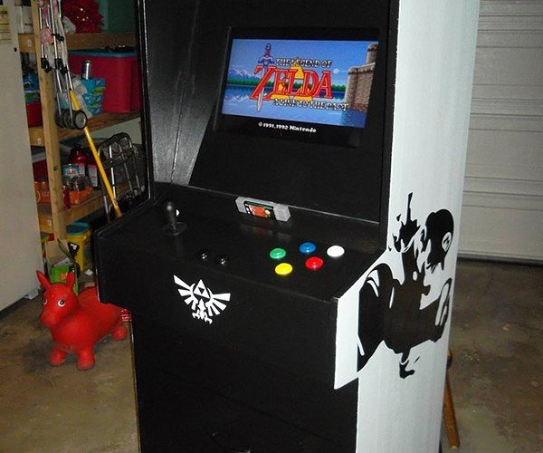 SNES Arcade Cabinet Loaded with 16-Bit Goodness, No Quarters Required
