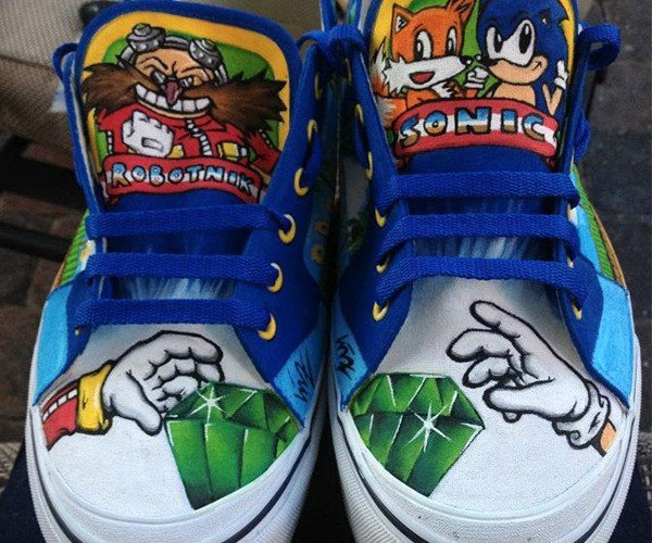 Custom Painted Sonic the Hedgehog Sneakers for Sidewalk Spin-Dashes