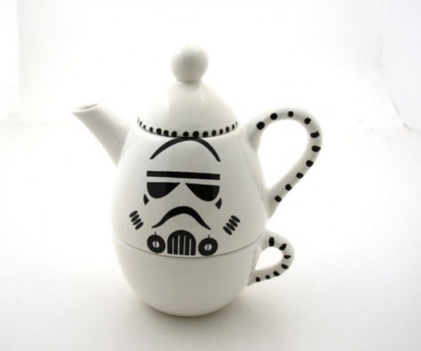 Star Wars Stormtrooper Teapots and Mugs: Even the Empire Needs Tea Time