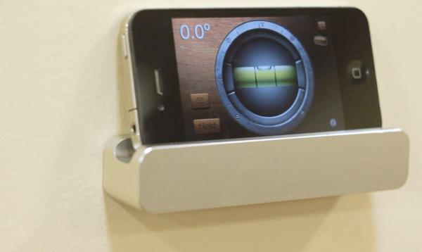 the-ledge-ipad-iphone-wall-mount-small