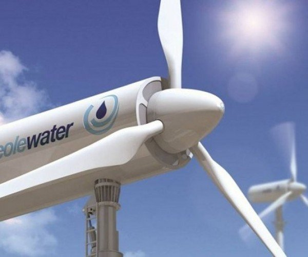 Wind Turbine Gathers 1,000 Liters of Water a Day from the Air