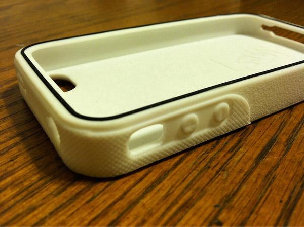 vans-waffle-sole-iphone-case-empty
