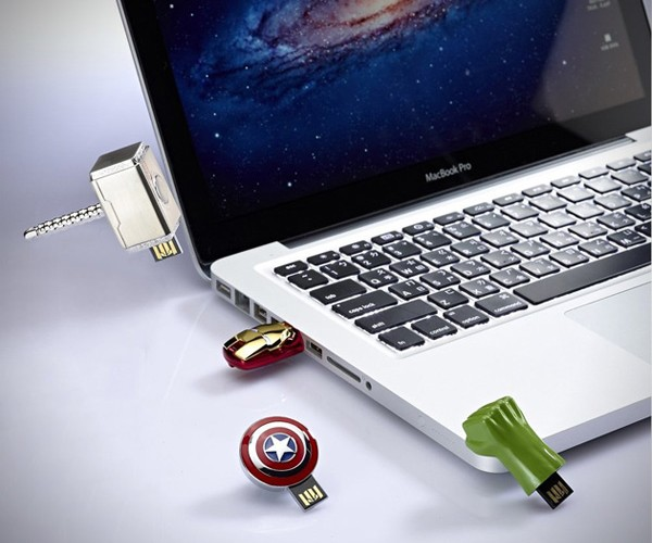 Avengers USB Flash Drives: Hulk Don't Smash My Data!