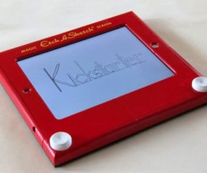 Etcher Case Turns iPads into a Working Etch A Sketch